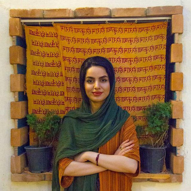 مینا احمدوند